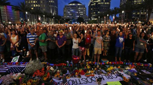 #OrlandoStrong (from www.latimes.com)